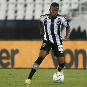 Cadê o Kelvin? Com lesões, atacante tem futuro indefinido no Botafogo