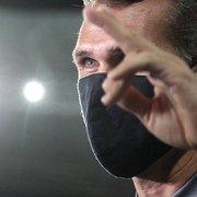 Lazaroni agradece ao Botafogo e explica escolha de ficar: 'Ajudar no que estiver ao meu alcance'