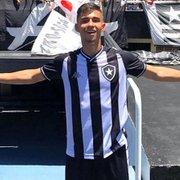 Promessa de 17 anos do Botafogo se inspira em Messi e cita características após sair do Flamengo