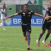 Base: Botafogo goleia Portuguesa e conhece adversário nas quartas da Taça Guanabara Sub-20