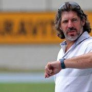 Gottardo avalia momento do Botafogo e diz: 'Só faz futebol quem entende de futebol'