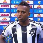 Kelvin lamenta erro decisivo do árbitro contra o Botafogo: 'Quem sofre é a gente'