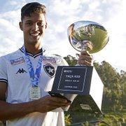 Com Seleção Brasileira e campeão no sub-20 do Botafogo, Sousa celebra: 'Sou acostumado a ganhar títulos'