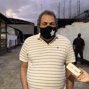 Montenegro chega para votar em Durcesio no Botafogo: 'Não sei se estou jogando um amigo de infância no inferno'