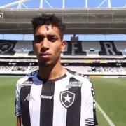 Kauê revela inspiração em Caio Alexandre no Botafogo: 'Muito diferenciado'