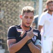 Base: Rafael Navarro celebra boa fase no Botafogo sub-20 e almeja títulos