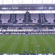 Em meio à pandemia, Prefeitura do Rio libera volta de torcidas aos estádios; Eduardo Paes quer revogar