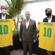 Por 'parceria forte', presidentes do Botafogo, Nelson Mufarrej e Durcesio Mello visitam CBF