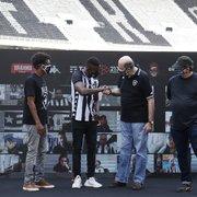 Diferente do divulgado pelo Comitê, Botafogo não pode dispensar Kalou em fevereiro