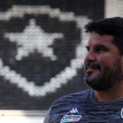 Eduardo Barroca revela ser torcedor do Botafogo: 'Virei por causa do título de 89'