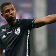 Após negociação esfriar, Botafogo vê manutenção de Kanu com bons olhos