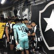 Botafogo paga salários de janeiro e está em dia com jogadores e funcionários