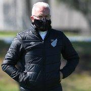 Especulado no Botafogo, Dorival diz não ter pressa para definir futuro: 'Não tenho nada encaminhado'