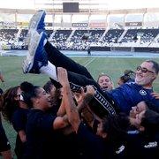 Gláucio Carvalho comemora título no futebol feminino e projeta futuro: 'Almejar coisas maiores para o Botafogo'