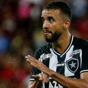 Empresário aciona Botafogo na Justiça pedindo penhora do dinheiro da venda de Caio Alexandre