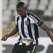 Após negociação fracassada, Cruz Azul volta a cogitar investida em Kanu, do Botafogo