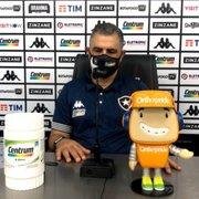 Marcelo Chamusca lamenta falta de tempo para reformular Botafogo: 'É trocar de pneu com o carro andando'