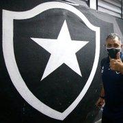 Botafogo escalado com Sousa, Zé Welison e Ênio como titulares contra o Bangu; Luiz Otávio sai do time
