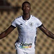 Fluminense oficializa proposta e abre disputa com Athletico-PR por Matheus Babi, do Botafogo