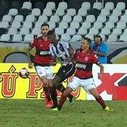 Comentarista: 'VAR teria que dar pênalti contra Flamengo e anular expulsão do Botafogo. Erro comprometeu o jogo'