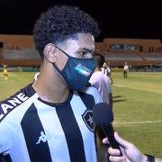 PV lamenta tropeço do Botafogo, mas quer segundo tempo como exemplo para os próximos jogos