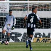Contra Alef Manga, artilheiro do Carioca, defesa do Botafogo tem teste para se provar