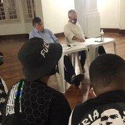 Diretoria do Botafogo se reúne com torcidas organizadas e promete três reforços para disputa da Série B