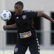Botafogo goleia time sub-17 em jogo-treino no Nilton Santos; Gabriel Tigrão se destaca