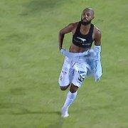 Botafogo: Chay vai receber menos que Luiz Otávio, Kevin, Lecaros e Barrandeguy