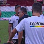 Técnico do Botafogo reclama da Ferj por clássico sábado e ironiza: 'Queria parabenizar quem fez a tabela'