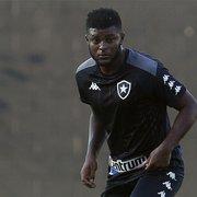 Rafael Carioca é regularizado na Ferj e pode estrear pelo Botafogo no domingo