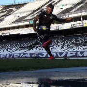 Rafael Carioca entra no time e estreará pelo Botafogo contra o Volta Redonda