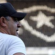 Ex-jogador defende permanência de Chamusca no Botafogo para Série B: 'Conhece a competição'