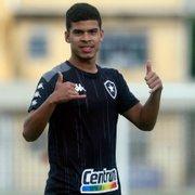 Guilherme Santos desfalca Botafogo contra Vila Nova; Cesinha é relacionado