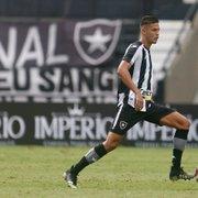 A caminho da Bélgica, Sousa se despede do Botafogo: 'Gratidão é o que sinto'