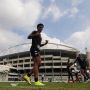 Warley elege Kanu como melhor jogador do Botafogo: 'Tem muita personalidade'