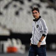 Jogo contra o Brusque vai definir pressa do Botafogo por técnico