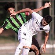 Base: Gilwagner marca, e Botafogo estreia no Brasileiro Sub-17 com empate com América-MG