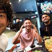 Ex-camisa 10 do Botafogo 'recepciona' reforços alvinegros que chegam do Mirassol em restaurante no Rio