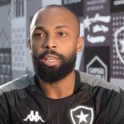 Chay revela que vestirá camisa com 'número da sorte' no Botafogo