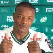 Após jogar na Eslováquia, Turquia, Arábia Saudita e em Portugal, atacante ex-Botafogo reforça Coritiba para Série B
