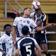No reencontro com Renan Gorne, Kanu se sobressai e é vital para goleada do Botafogo