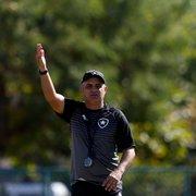 Chamusca reclama da falta de tempo para treinar Botafogo: 'Tem que melhorar na conversa, na resenha'