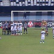 Gol do Coritiba sobre Botafogo foi bem anulado; e nem falta houve