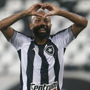 Artilheiro do Botafogo em 2021, Chay 'abriu a contagem' contra o Coritiba