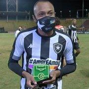 Chay revela dica de Diego Loureiro para fazer o gol do Botafogo contra o Vitória