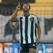Ronald é desfalque no Botafogo contra Cruzeiro; Ênio volta a ser relacionado