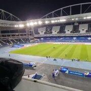 Gramado do Estádio Nilton Santos, do Botafogo, apresenta melhor aspecto na véspera de Argentina x Chile