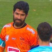 Ídolo do Botafogo, Loco Abreu deixa a aposentadoria e vai jogar em clube uruguaio