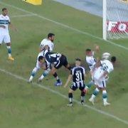 PC Oliveira discorda de pênalti a favor do Botafogo; mas já concordou em lance contra o clube